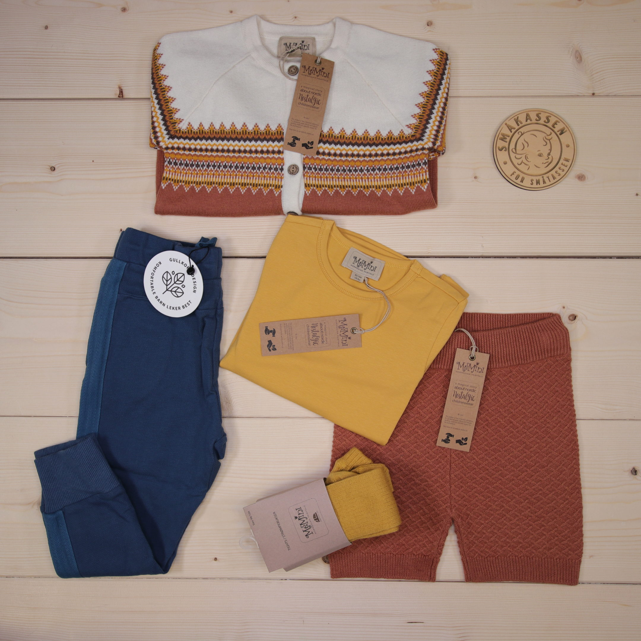 This is a 125 GBP* Småkassen that we prepared for a boy  in the styles cute, cool, and colorful in size 104