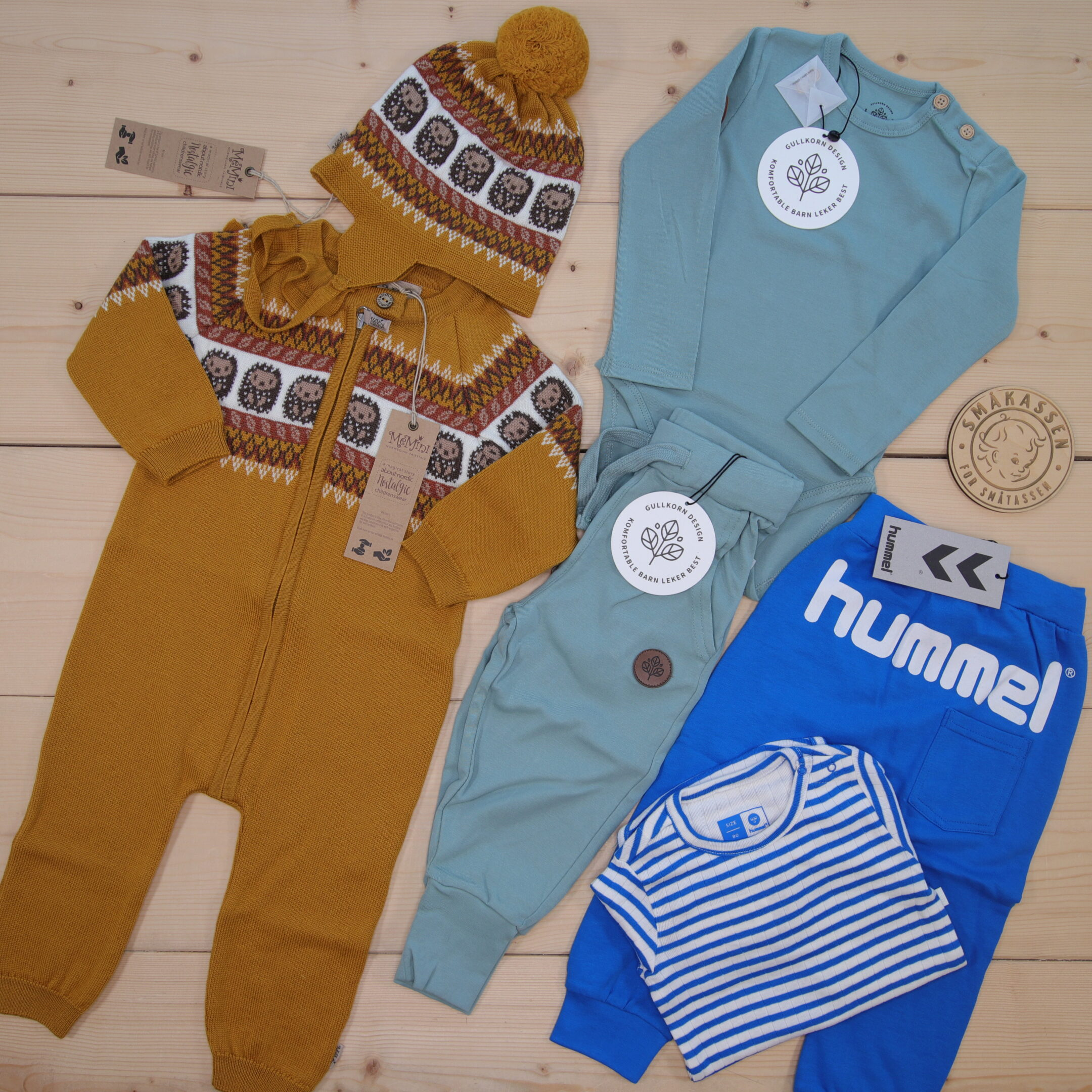 This is a 2000 NOK* Småkassen that we prepared for a boy  in the styles cute, cool, and colorful in size 80