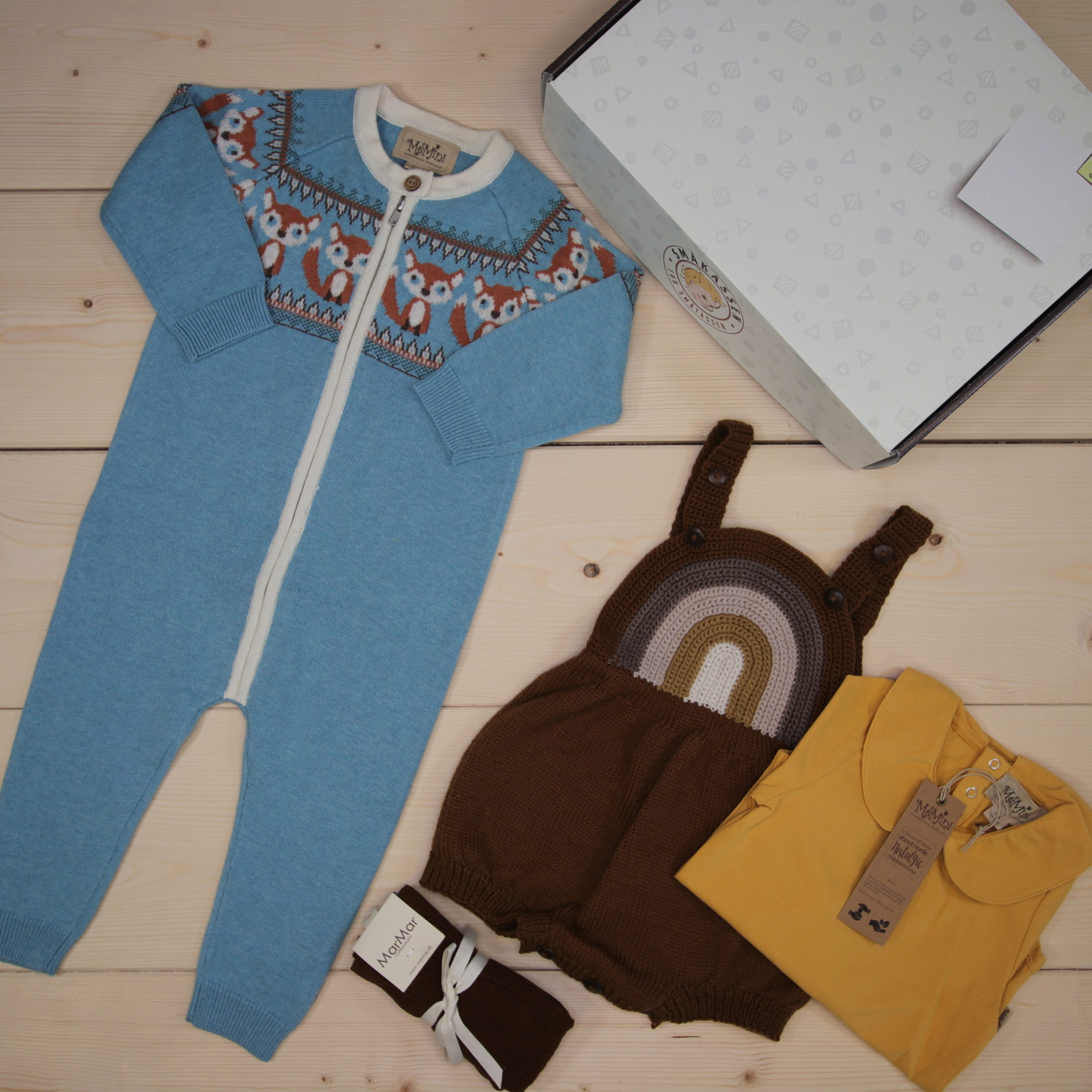 This is a 125 GBP* Småkassen that we prepared for a boy  in the styles cute, cool, and colorful in size 80