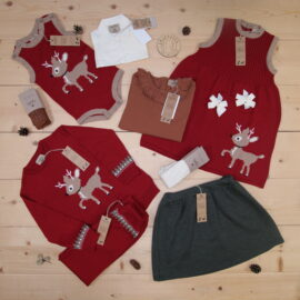 Nostalgic and beautiful Christmas outfits with cute raindeers from MeMini that will keep your child nice and warm ⭐️🦌🤶❤️  This is a The Childish Stylist that we prepared for a girl in the style cute in size .