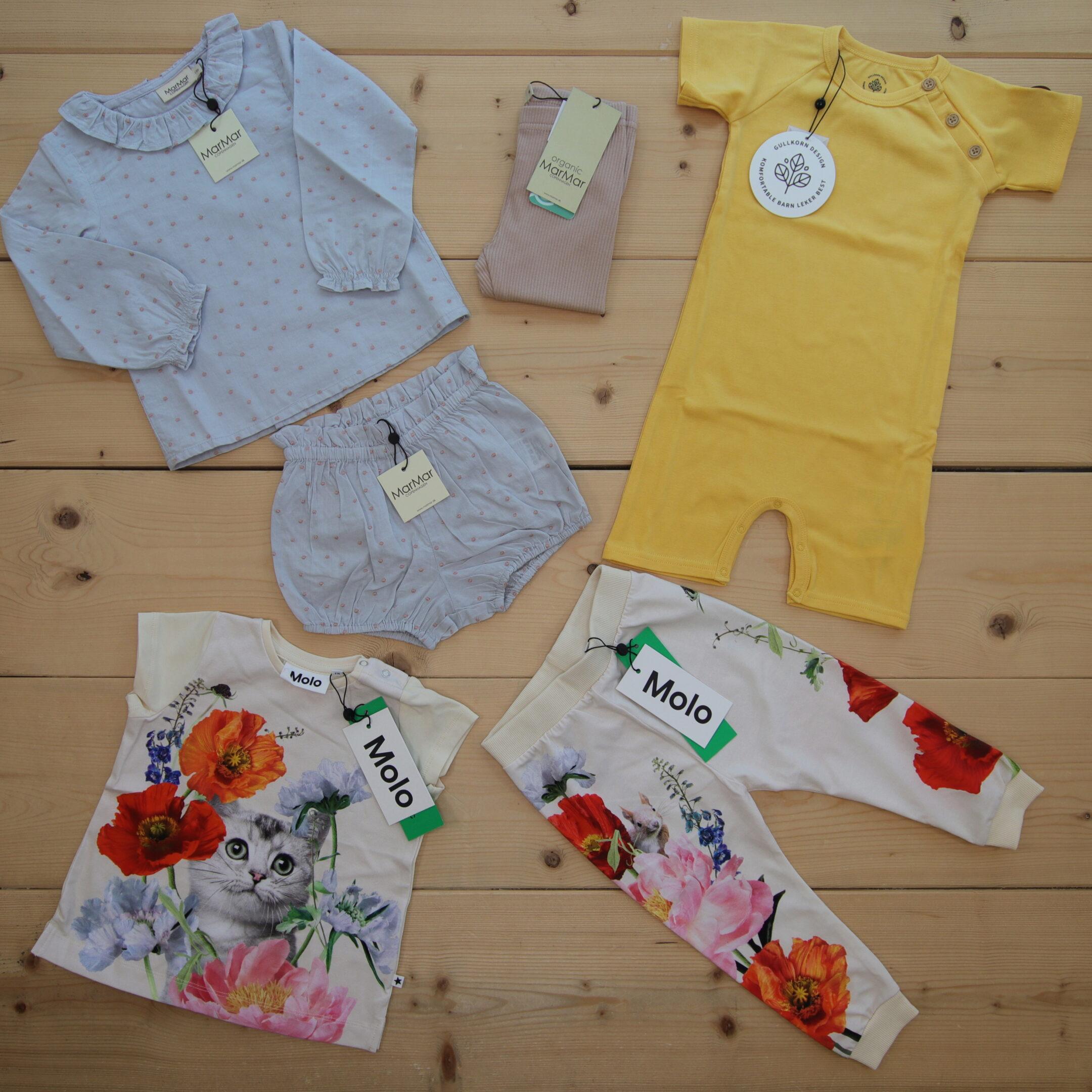 Dette er Småpakke som vi forberedte for en jente i stilene colorful og cute