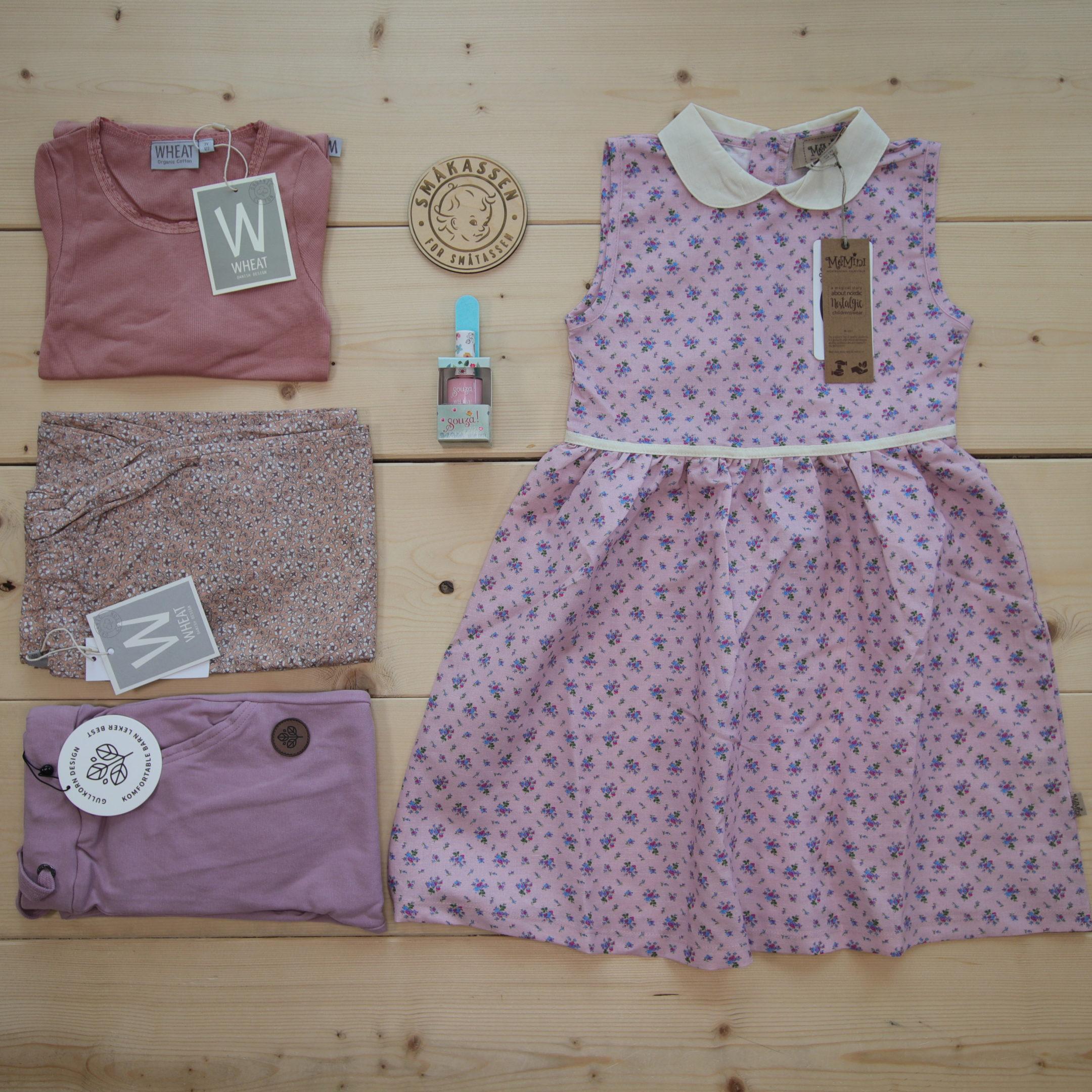Dette er en 1500 NOK* The Childish Stylist som vi forberedte for en jente i stilene cute og cool i størrelse 122