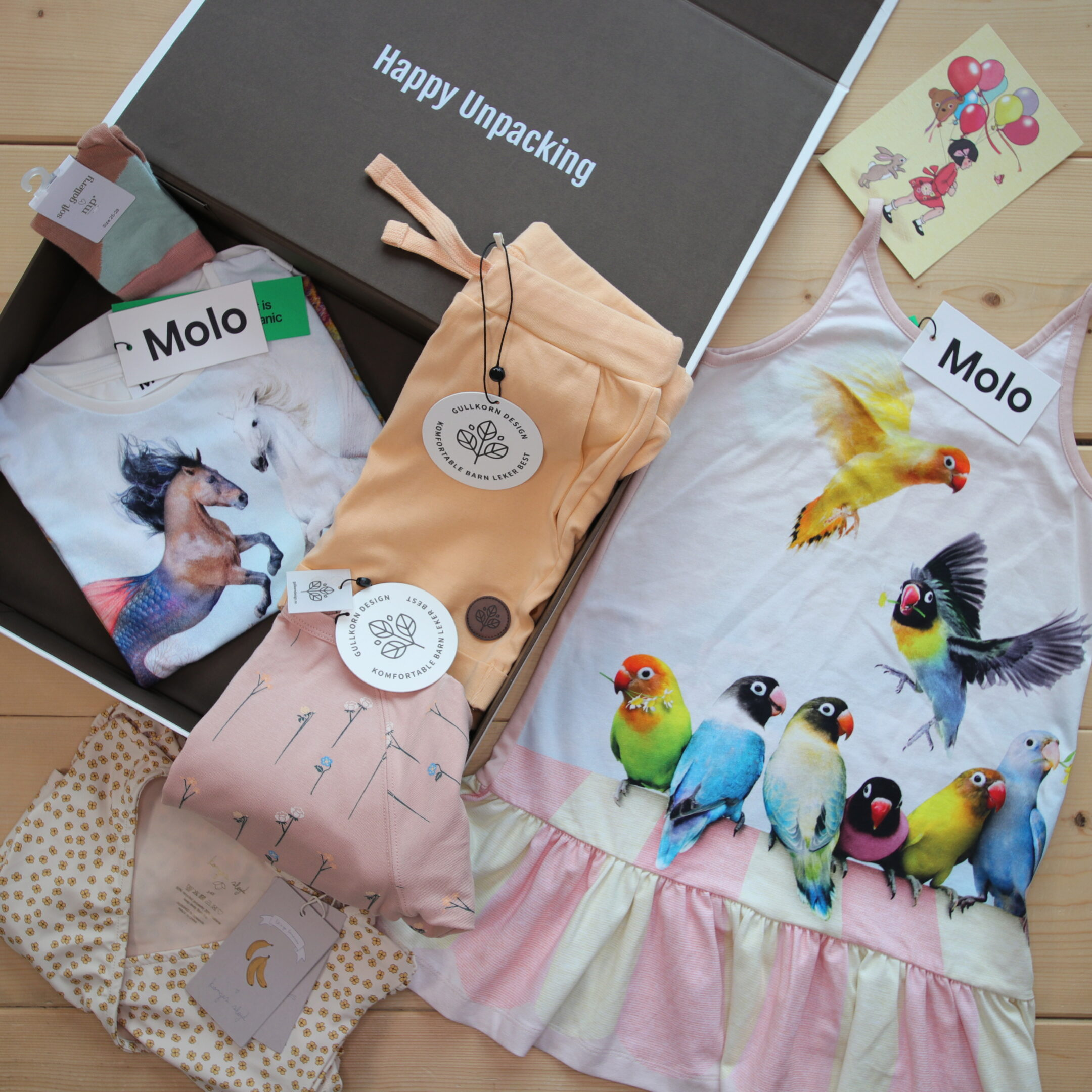 Dette er Småpakke som vi forberedte for en jente i stilen colorful