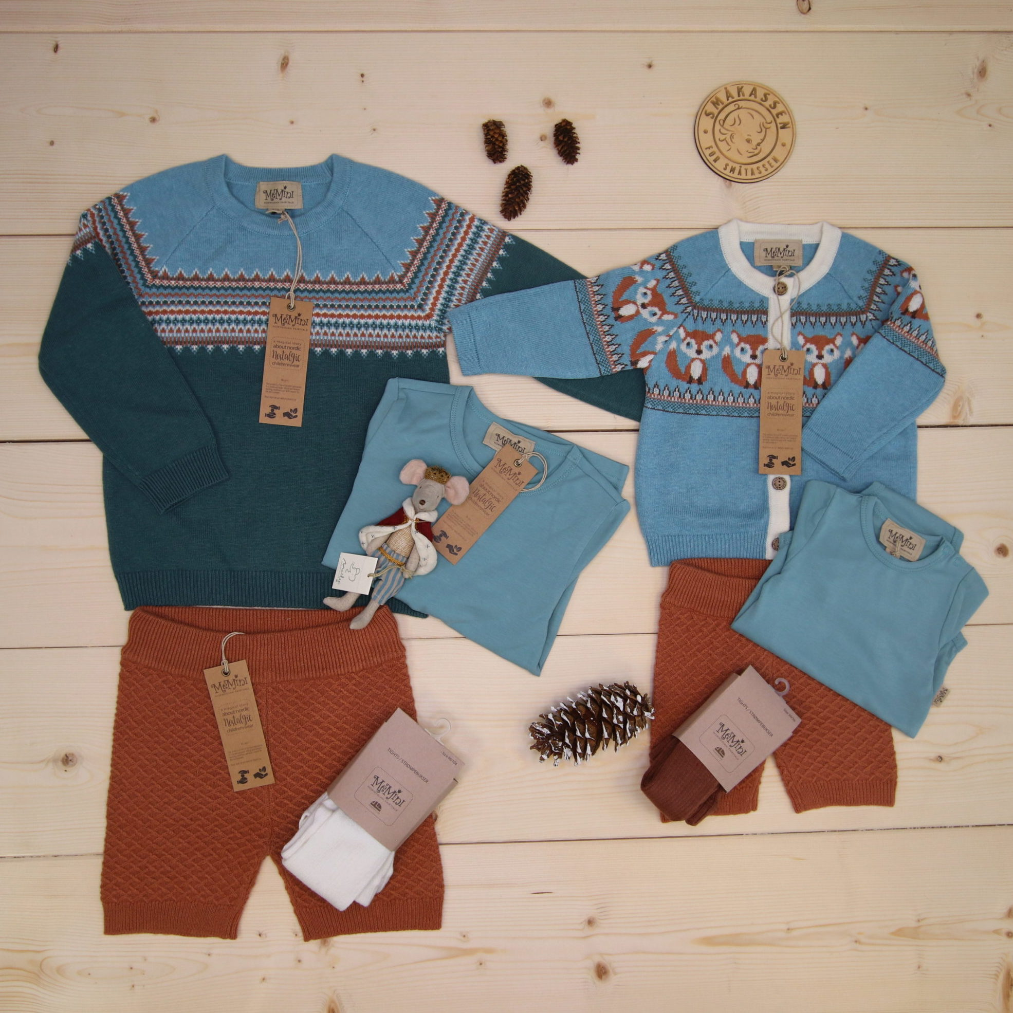 Matching outfits for siblings from MeMini 🧡🦊  #memini @memini.no  Dette er Småpakke som vi forberedte for en gutt i stilen cute