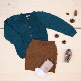 News from Shirley Bredal, Bubble cardigan and Bubble Shorts all made of wool, great for colder weather 🐑  @shirleybredal #shirleybredal  The color of the cardigan is more green than the picture shows.  This is a The Childish Stylist that we prepared for a boy in the style cute in size .