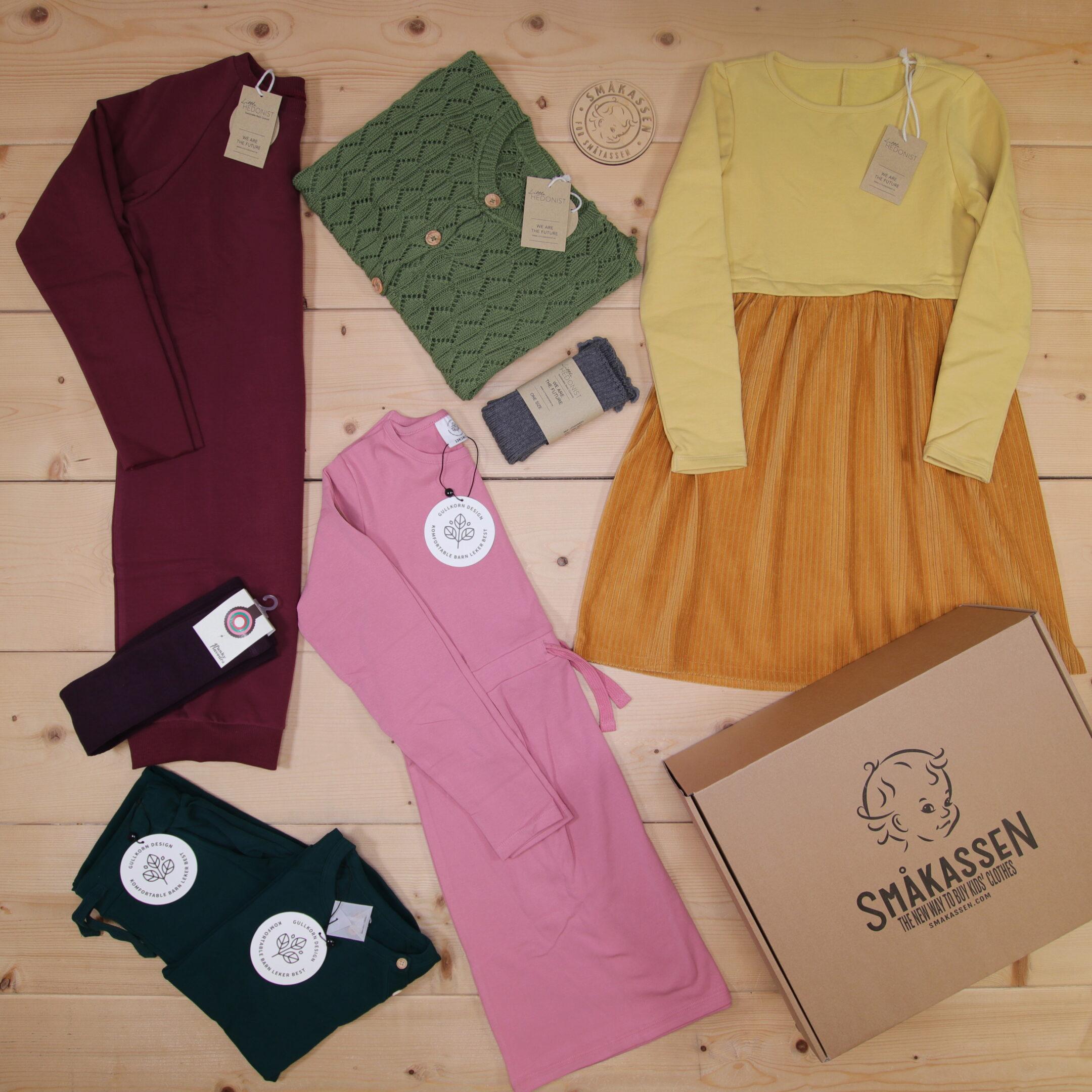 Dette er en 3000 NOK* The Childish Stylist som vi forberedte for en jente i stilene cool og colorful i størrelse 134