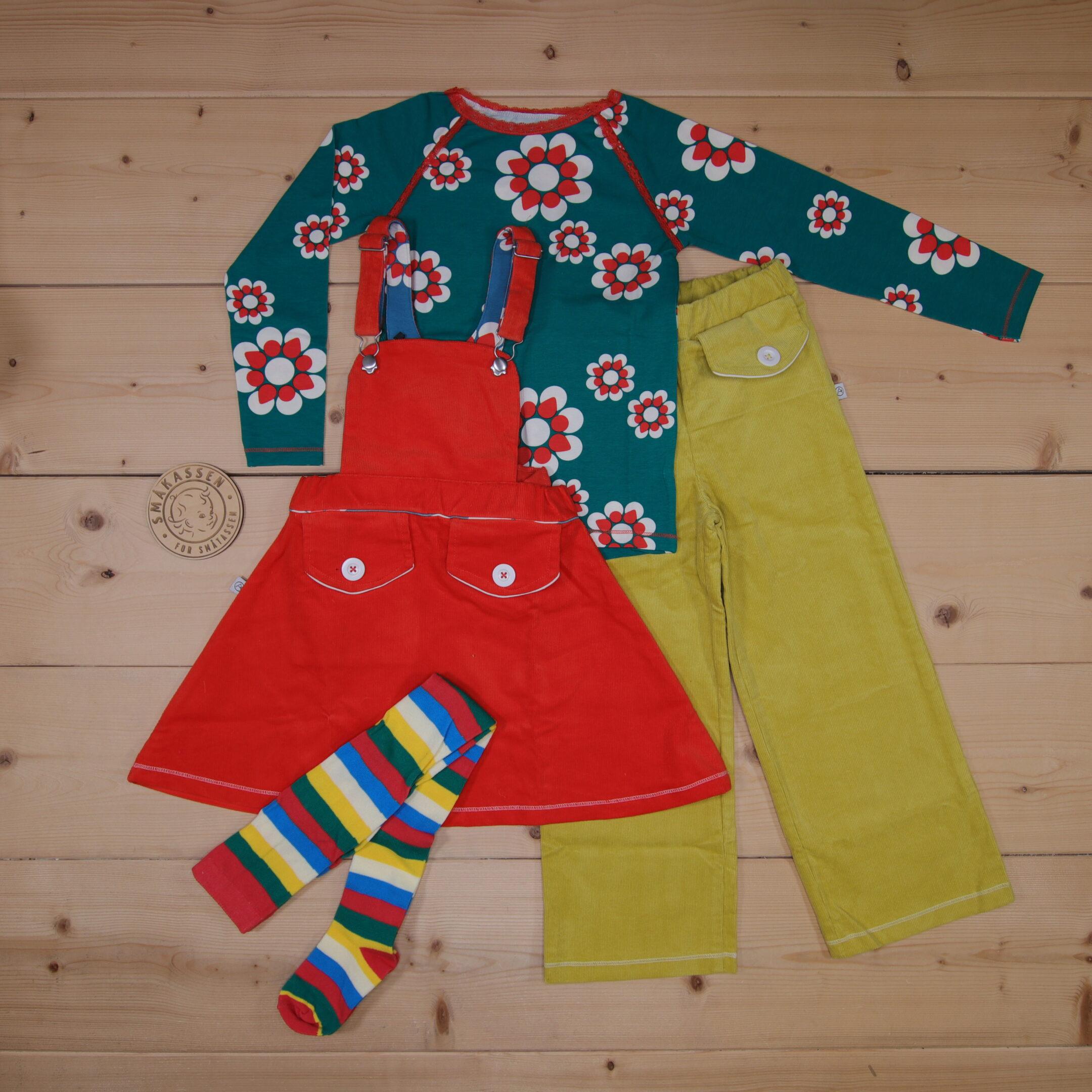 Dette er en 1500 NOK* The Childish Stylist som vi forberedte for en jente i stilen colorful i størrelse 104