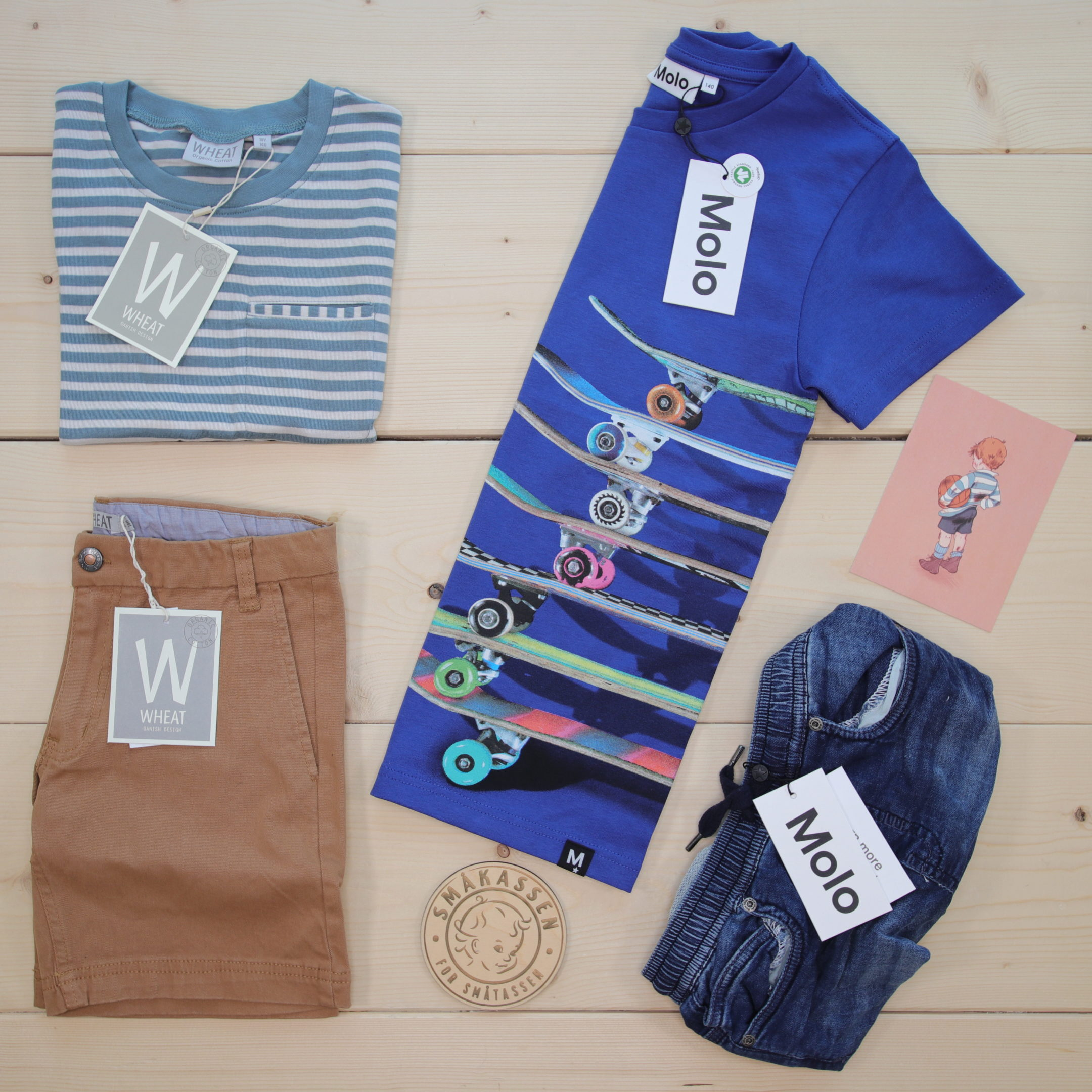 This is a 1500 NOK* Småkassen that we prepared for a boy  in the styles cute, cool, and colorful in size 140