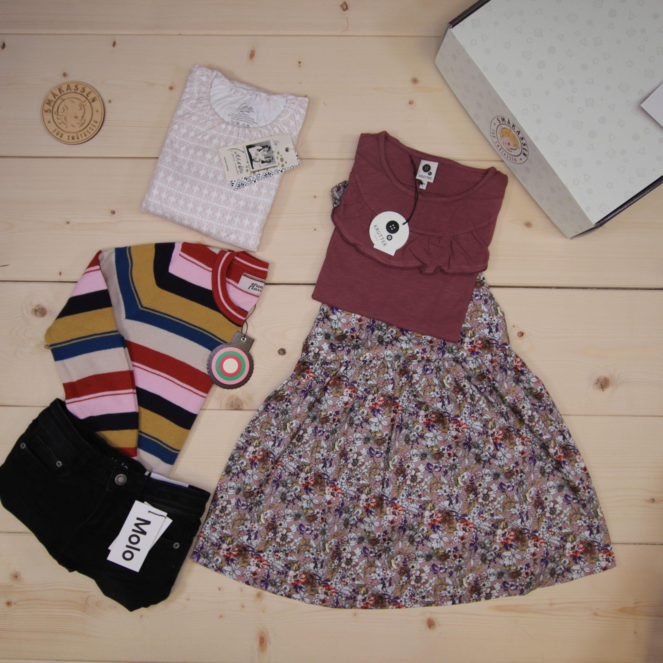 Dette er en 2000 NOK* The Childish Stylist som vi forberedte for en jente i stilene cute, cool, og colorful i størrelse 134