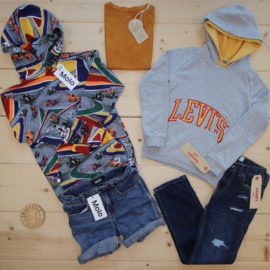 This is a The Childish Stylist that we prepared for a boy in the styles cool and colorful in size 134.