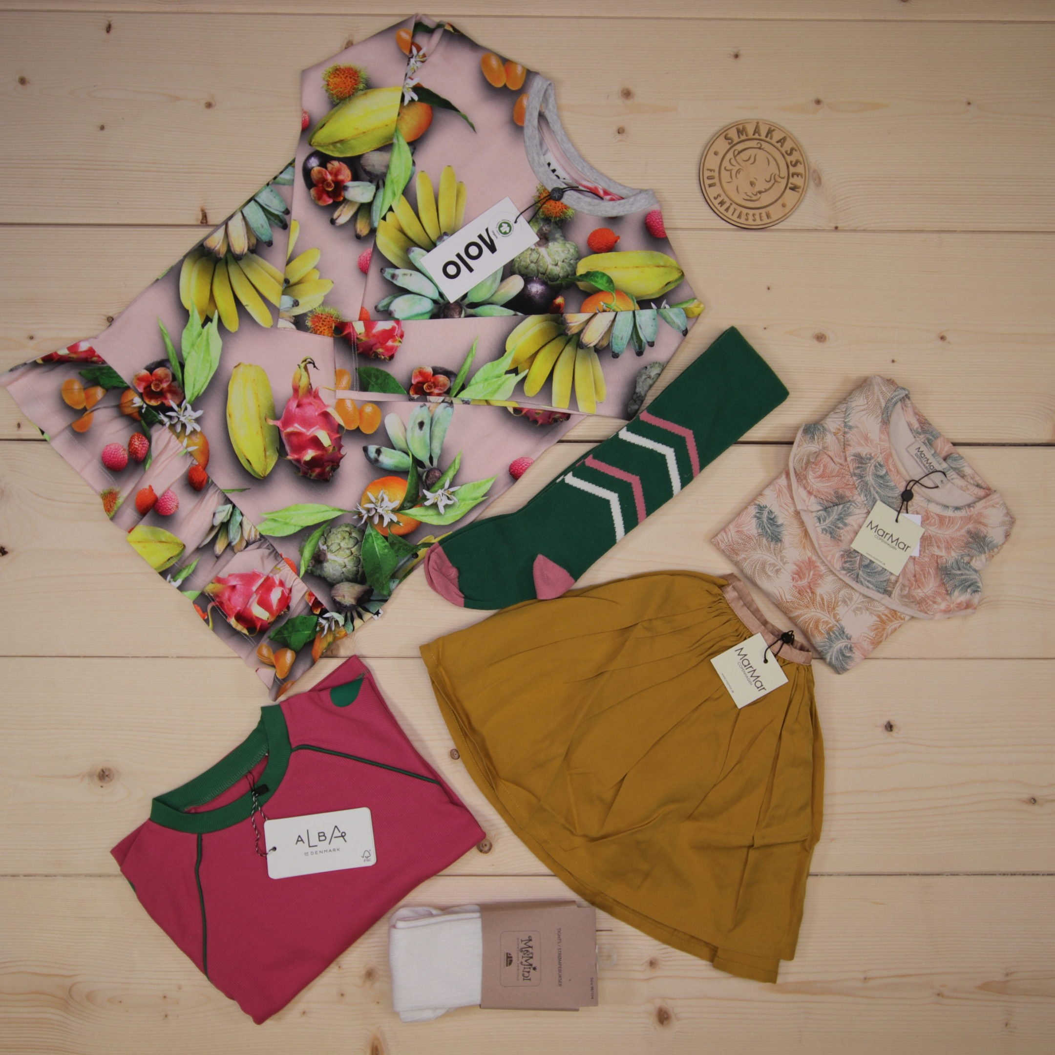 This is a 166 GBP* Småkassen that we prepared for a girl  in the styles cute and colorful in size 104