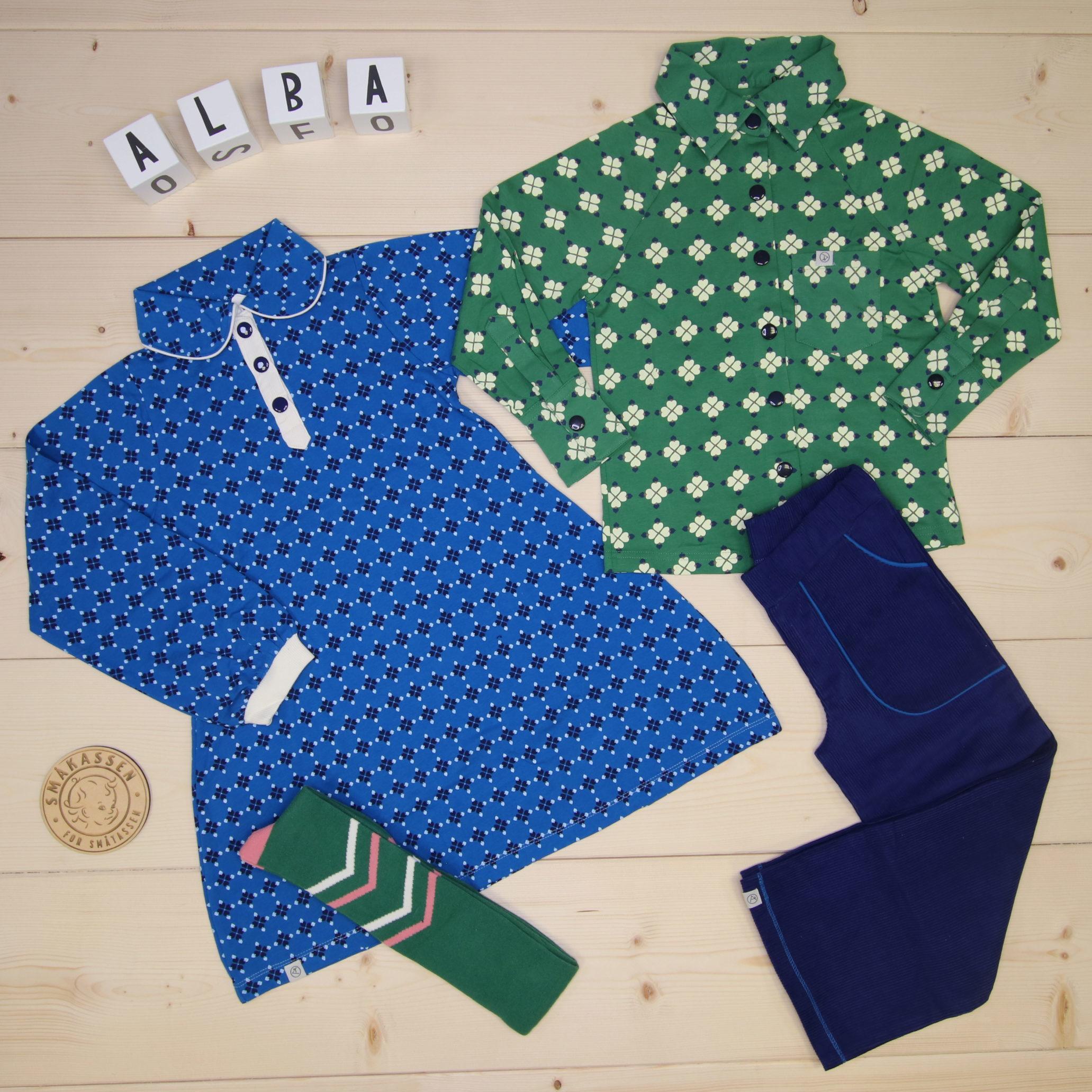 Matching, cool outfits for siblings from Alba 🍀💙💚  #alba @alba_of_denmark  Dette er Småpakke som vi forberedte for en jente i stilen cool