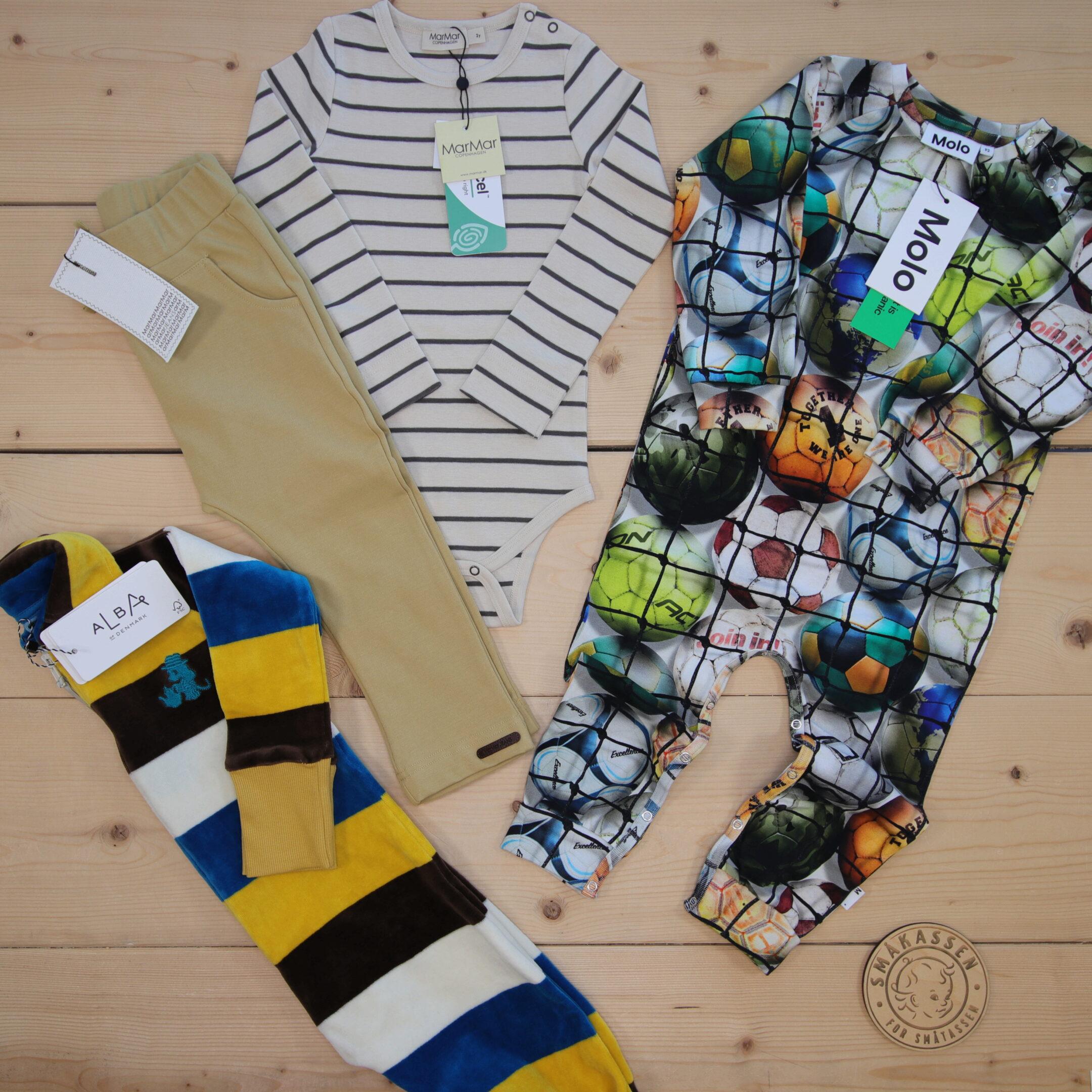 Dette er en 1500 NOK* The Childish Stylist som vi forberedte for en gutt i stilene cute, cool, og colorful i størrelse 92