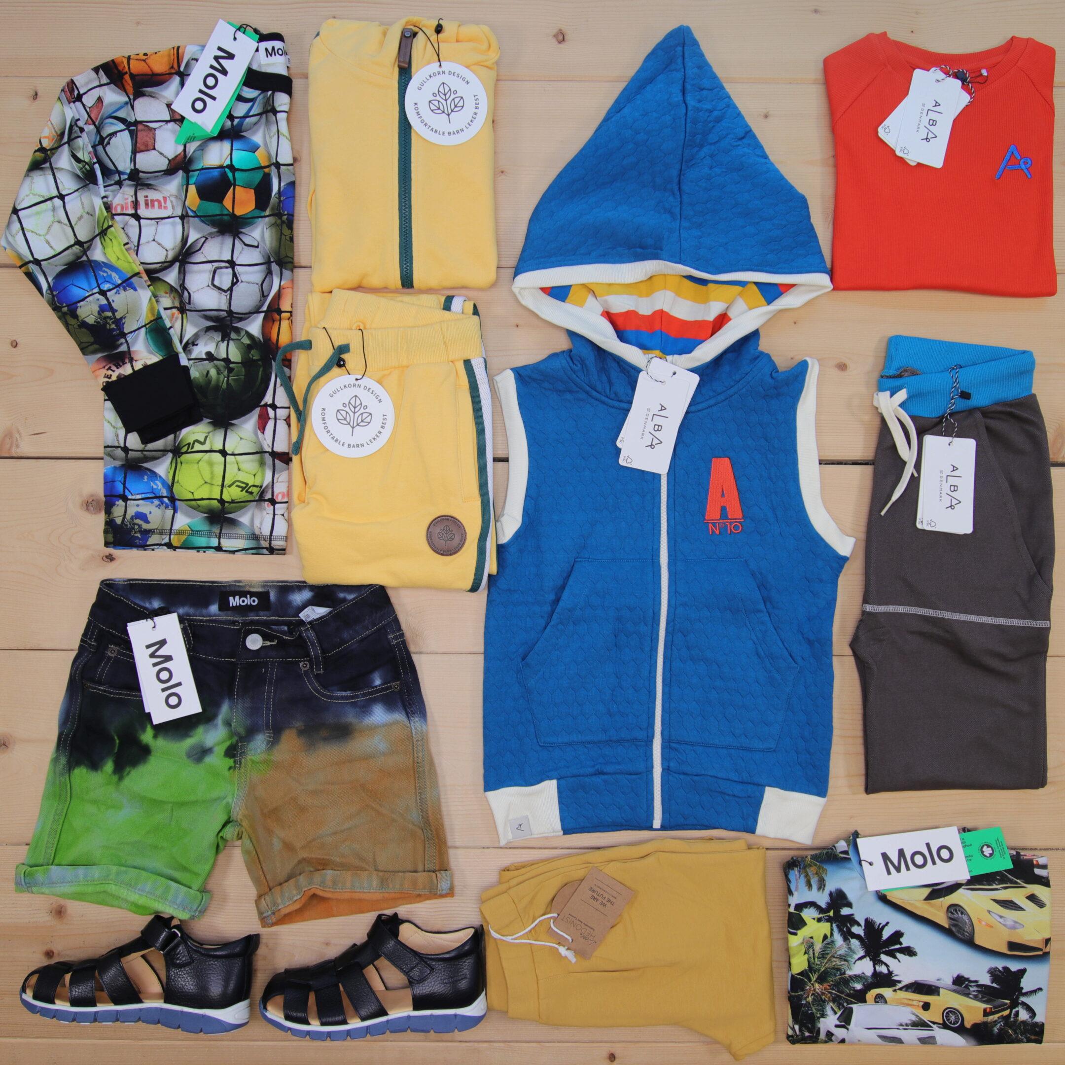 Dette er en 5000 NOK* The Childish Stylist som vi forberedte for en gutt i stilene cool og colorful i størrelse 122