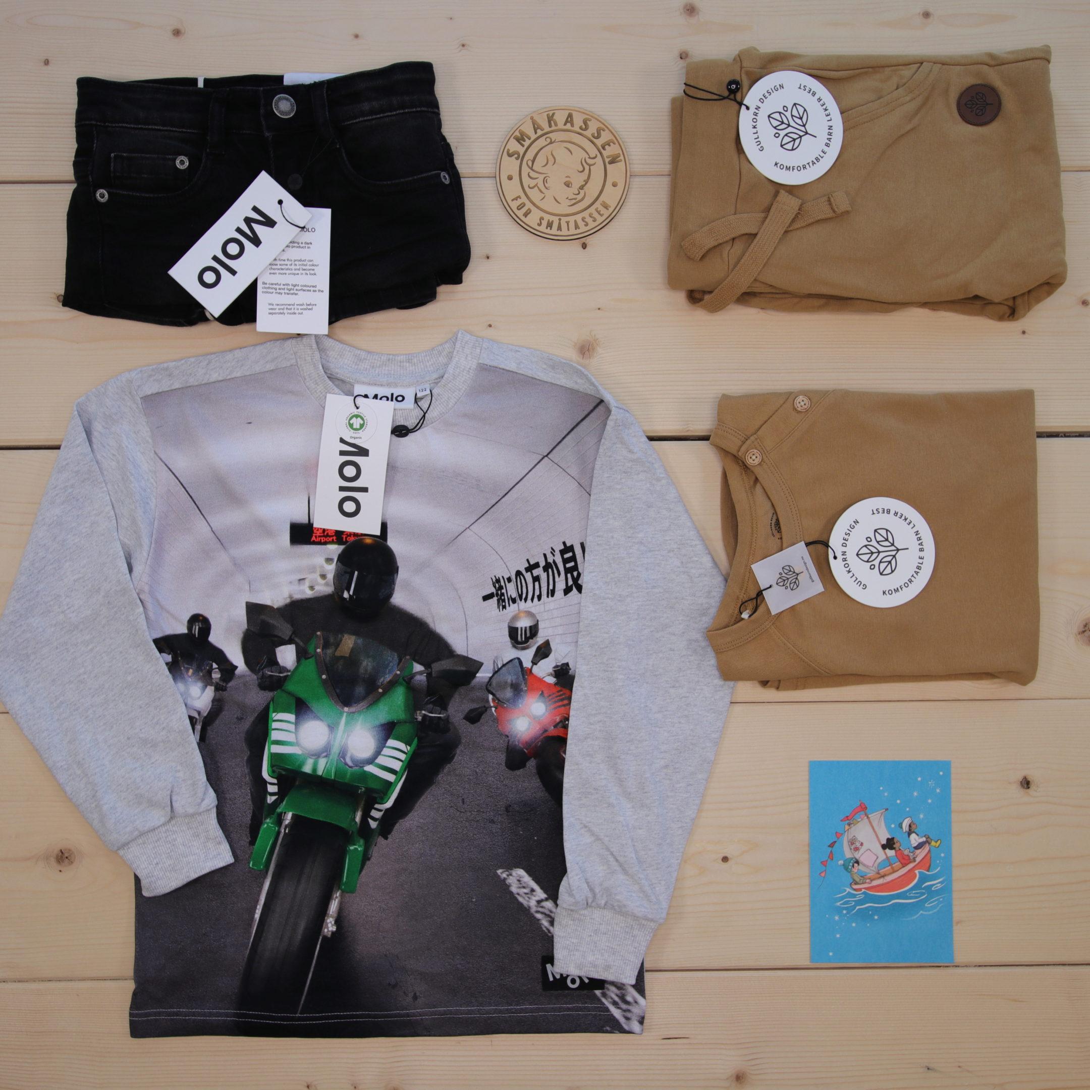 Dette er Småpakke som vi forberedte for en gutt i stilene cool og minimalistic
