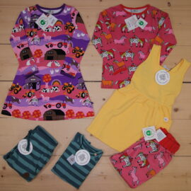 This is a The Childish Stylist that we prepared for a girl in the style colorful in size 110.
