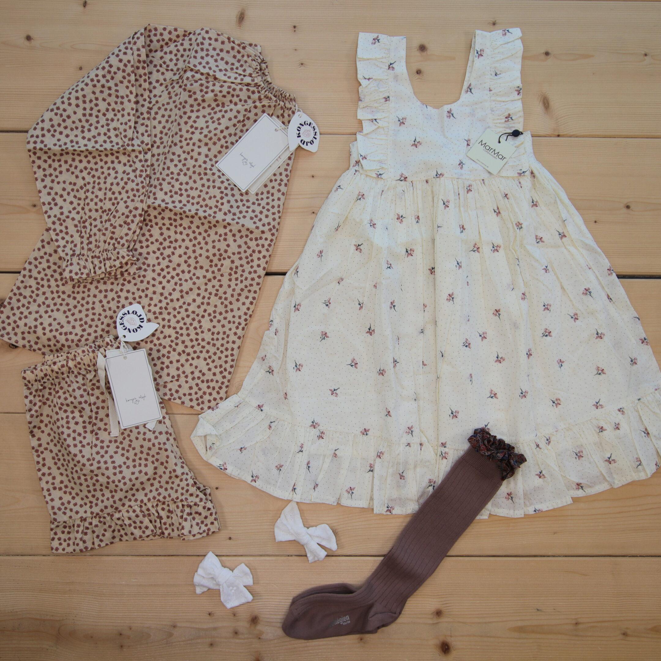 Dette er Småpakke som vi forberedte for en jente i stilen cute